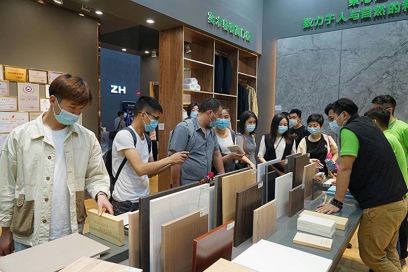 实木齿接板厂家松博宇广州高定家居展现场